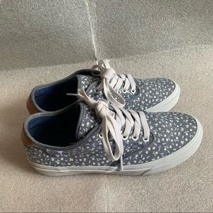 Vans Blue and white Flower Lace-up Shoes 7.5